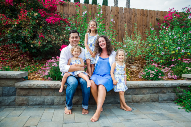 family, backyard, traditional portrait, family of five